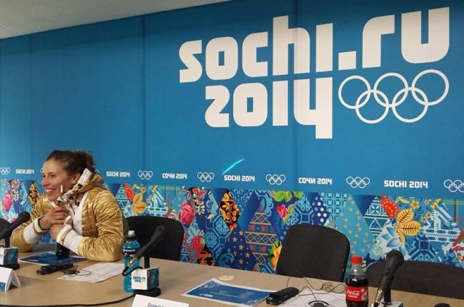 Eva Samková Na Tiskové Konferenci Zimní Olympijské Hry Soči 2014 Snowboardcross Olympijská Vítězka Czech Sport Guru