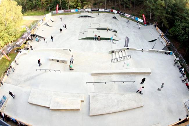 Kam za skateboardingem Skatepark Chomutov Czech Sport Guru