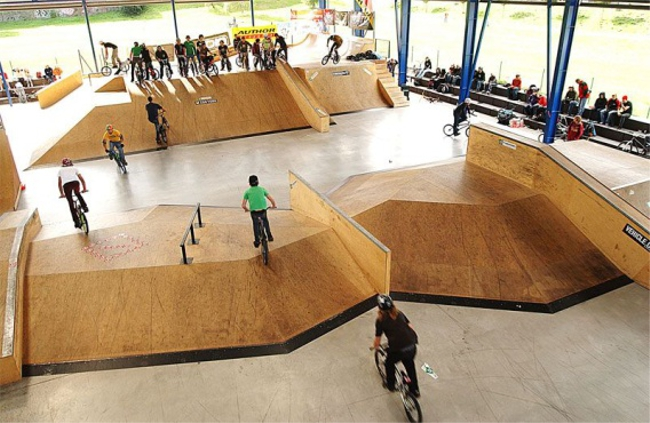 Kam za skateboardingem Skatepark Pardubice Czech Sport Guru