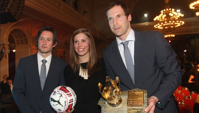 Olympijská vítězka Eva Samková Tomáš Rosický Petr Čech s knírkem Vyhlášení fotbalista roku Czech Sport Guru