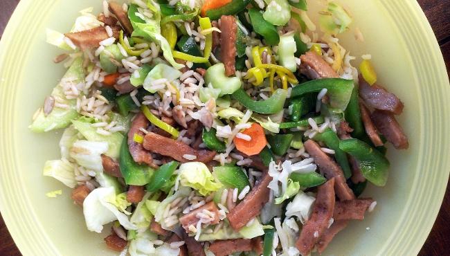 Robi maso a čína s rýží je strava z jídelníčku pro vegetariány Praktické rady a tipy Czech Sport Guru