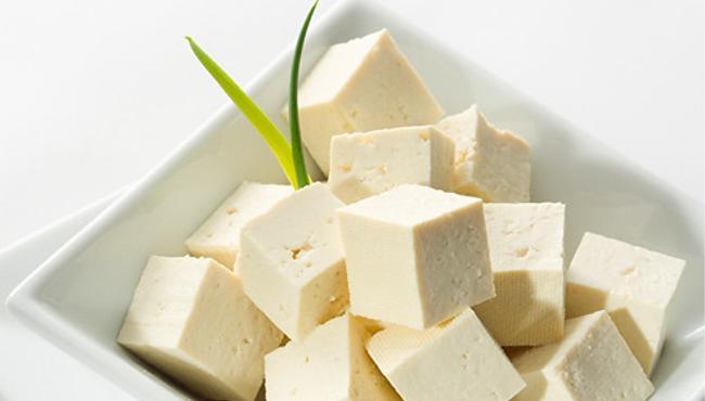 Sója Tofu je vhodná náhrada masa pro vegetariány podporující zdravý životní styl Czech Sport Guru