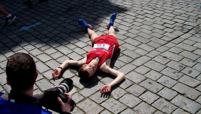 pvp12a - v cíli - Pardubický půlmaraton - Běh Mistrovství mužů a žen - Czech Sport Guru